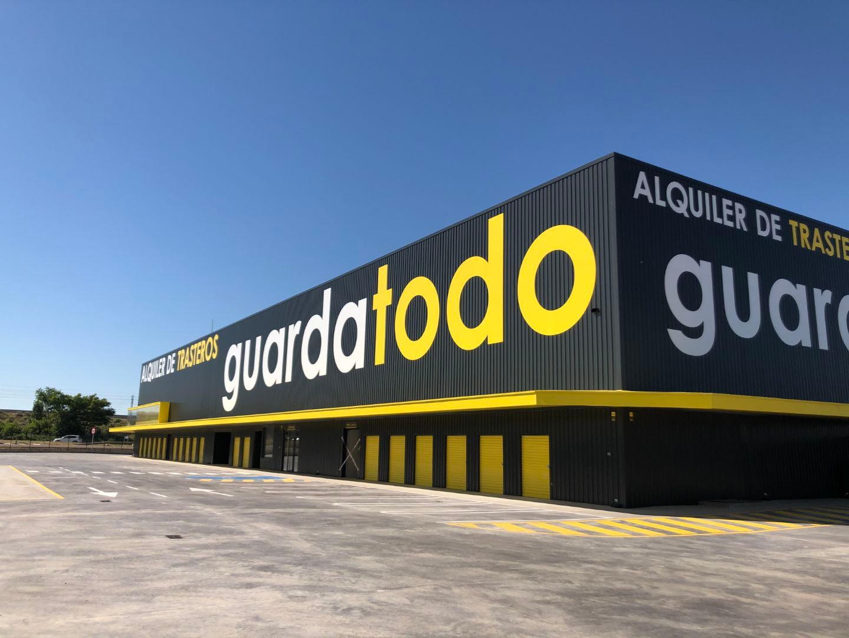 Nave de Guardatodo en Zaragoza